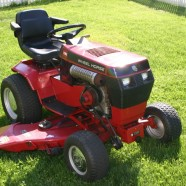 Verkocht!!! Toro Wheel Horse 520H 20pk hydrostaat met goed groot maaidek (3 messen)